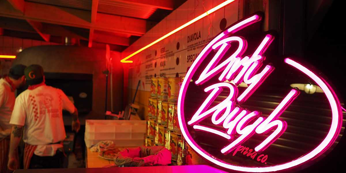 Dirty Dough Pizza Co neon